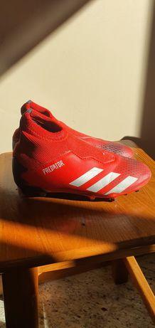 Botas de futebol adidas Predator, tamanho 32