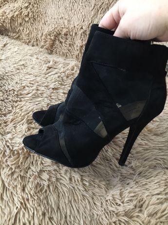 Обувь шикарная