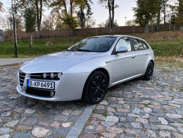 Alfa Romeo 159 1.9jtd 150km BOSE XENON