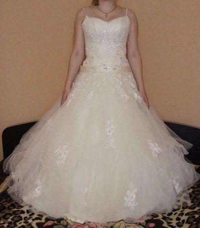Продам свадебное платья в харошом состоянии