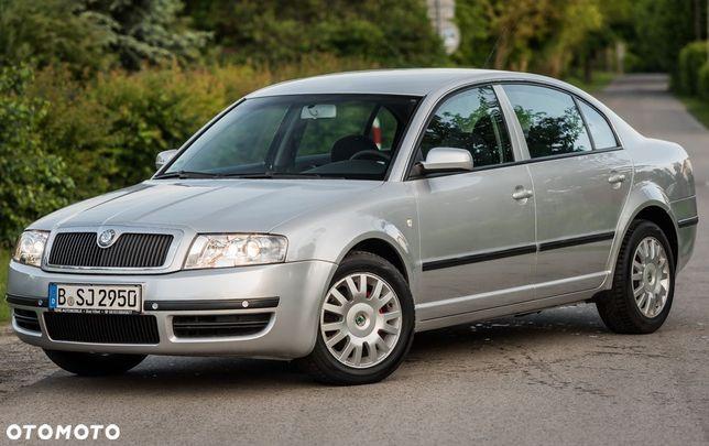 Škoda Superb 2.0i 115KM Klimatronic Parktronic Welur Serwis...