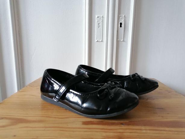 Buty dla dziewczynki czarne Lakierki balerinki 29