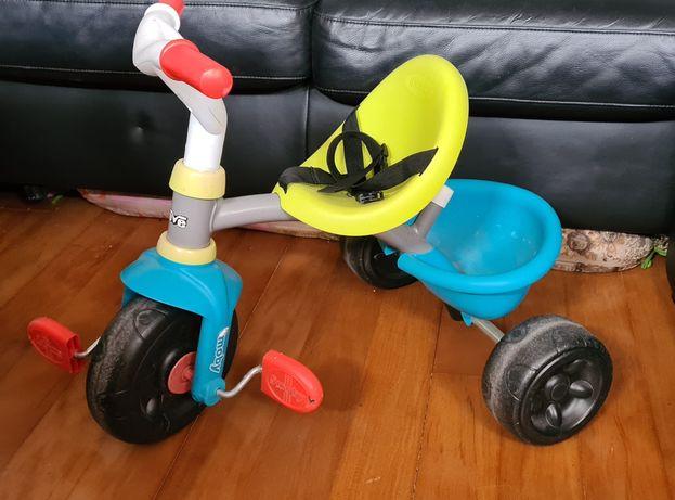 Triciclo de criança (até 3 anos)