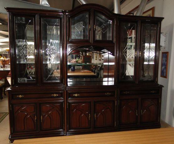 Grande móvel de sala / cristaleira - óptimo estado e qualidade