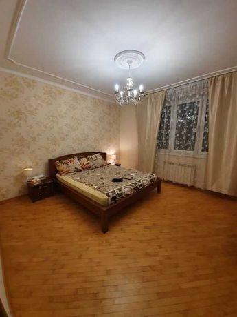 Аренда шикарной, 3 к квартиры, Днепровская Набережная 19, Осокорки