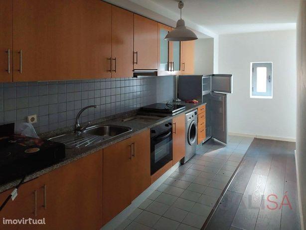 Apartamento T1 com um pequeno terraço no centro de Braga ...