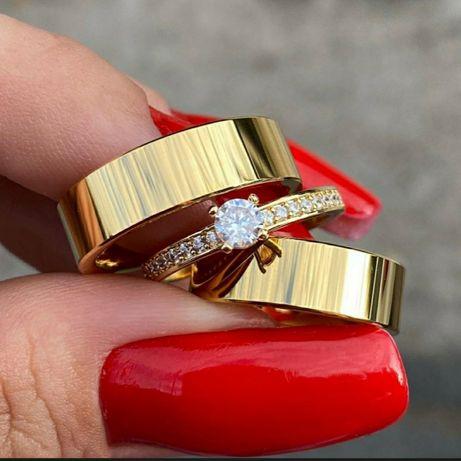 Wspaniała Lśniąca Para Złotych Obrączek Ślubnych