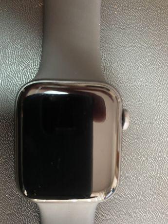 Apple Watch 4 44 mm GPS, Space Gray