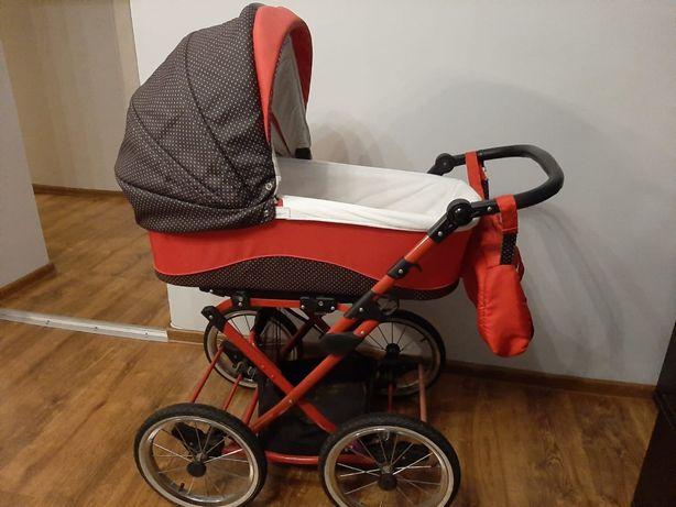 Wózek dziecięcy czerwony z dużymi kołami 3w1