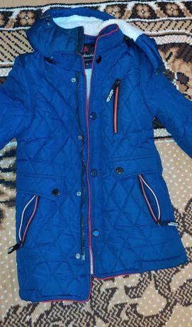 Продам курточку на мальчика 6-8 лет