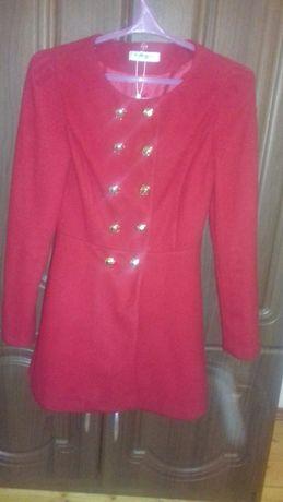 Пальто для дівчинки