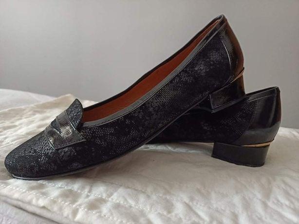 Sapatos rasos em pele Riviera tamanho 39