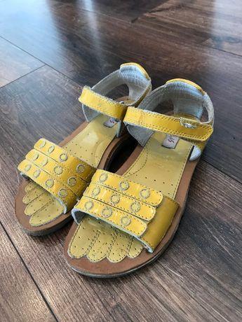 Skórzane sandałki dziewczęce r.30