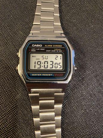 Zegarek Casio legendarny. Super stan
