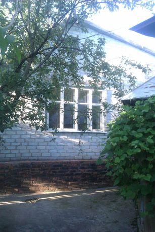 Продам 1/2 часть дома в сельской местности.