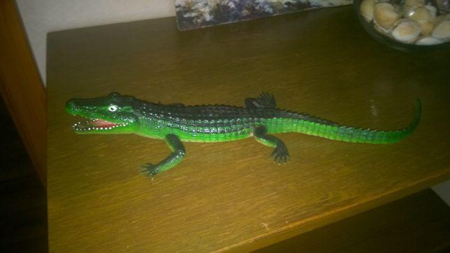 Крокодил резиновый, - 39 см.