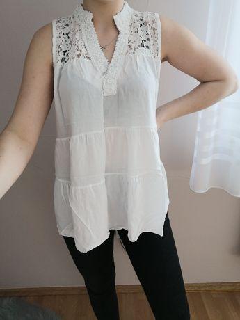 Biała luźna bluzka