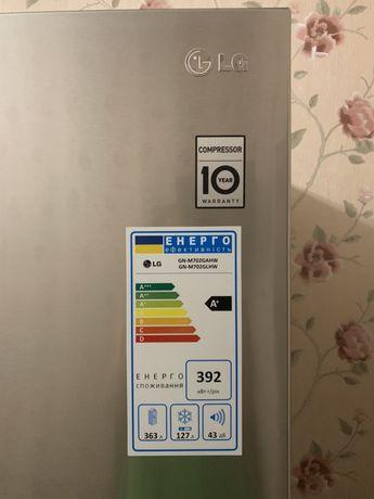 Продам холодильник LG GN-M702GAHW