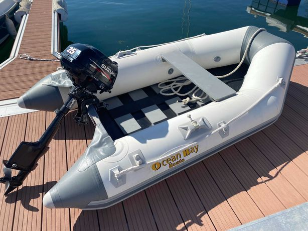 Barco insuflável Ocean Bay + Suzuki 4 Tempos DF2.5L (oportunidade)