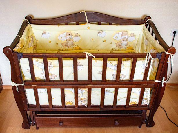 Детская кроватка с маятником (можно закрепить) от рождения до 3-х лет