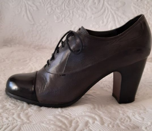 Стильные женские кожаные ботильоны на высоком каблуке,на шнуровке,38p
