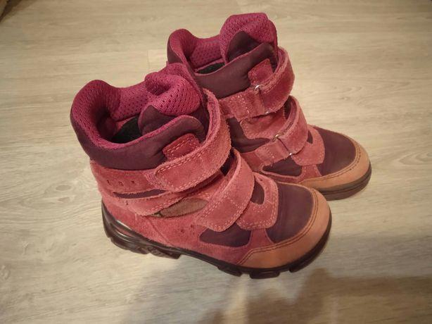 Черевики. Ботинки. Ecco