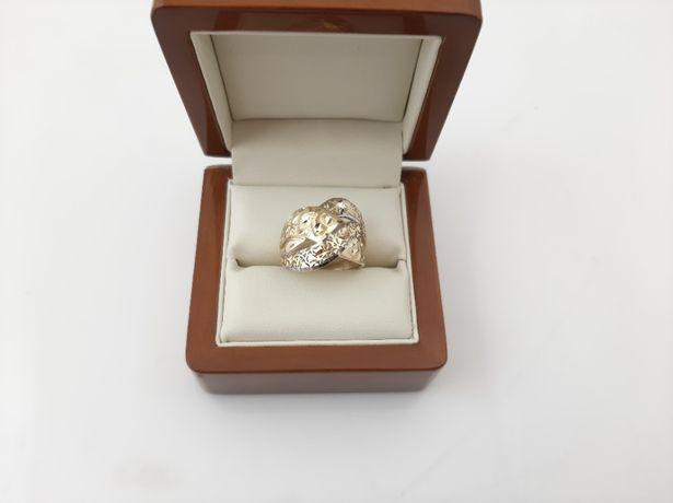Złoty pierścionek - PR.585 4,27g - Nowe