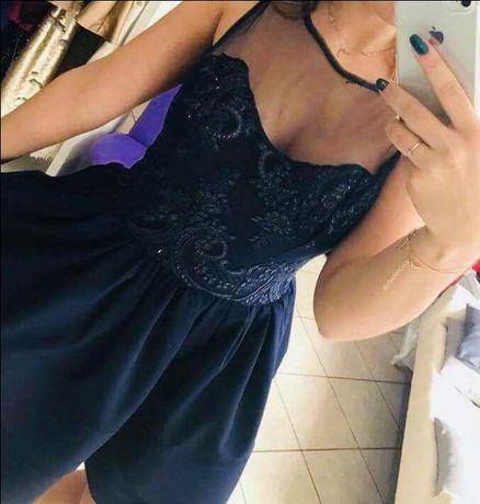 Granatowa rozkloszowana sukienka 36