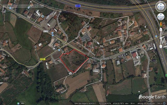 Terreno com 7000 m2 em Sequeira Braga junto á estrada nacional