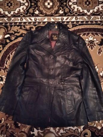 Курточка кожаная женская