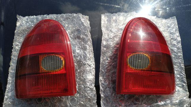 Lampy tył opel corsa B 3D