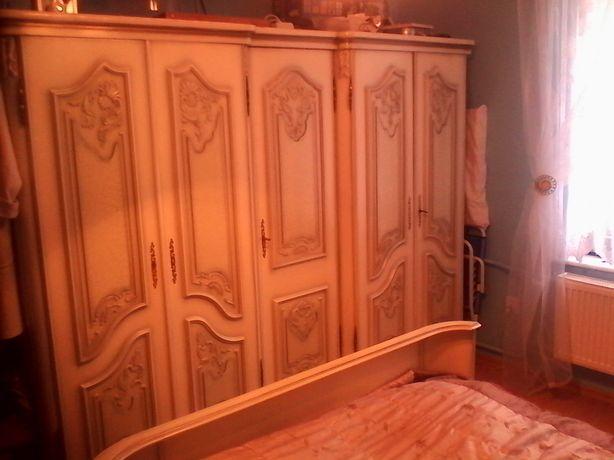Sypialnia ludwikowska kolor biały zestaw