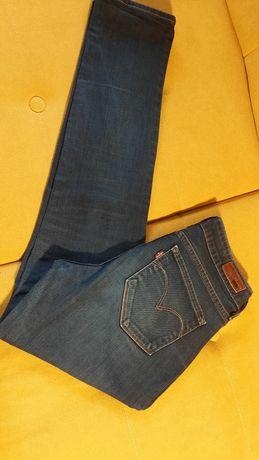 Levis Jeans modern rise skinny 28/30