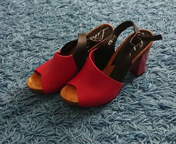 Sandałki obcas czerwone czarne 36 37