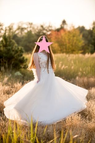 suknia ślubna 36/38 kolekcja2020 aplikacje 3D koronka welon hiszpański