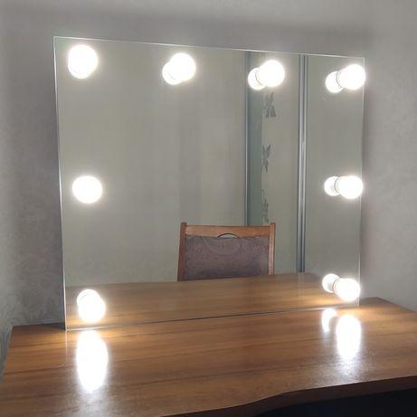 Зеркало с подсветкой, 700*600, 8 ламп