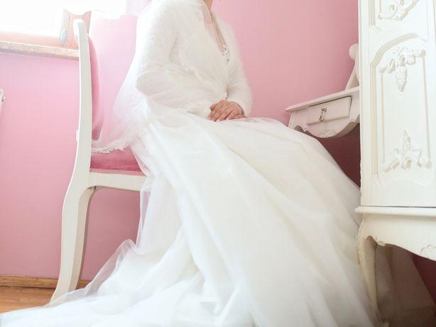 Suknia ślubna rozmiar 38