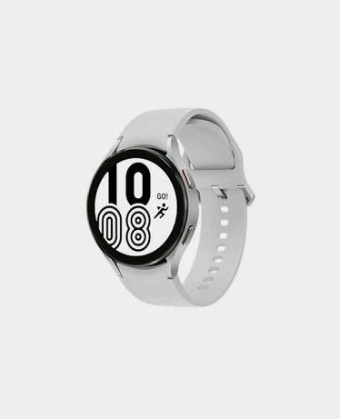 Samsung Galaxy Watch 4 (44mm) Bluetooth Silver - Novo & Selado