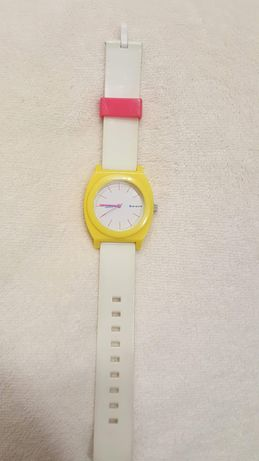 HOUSE zegarek kolorowy