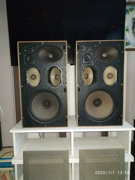 """Акустическая система """"Saba 840F""""- звучание золотого века аудио из 1970"""