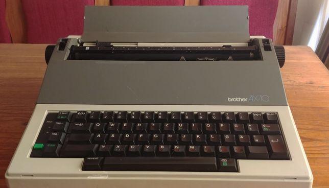 Maszyna do pisania Brother AX-10