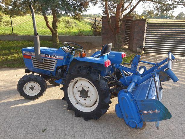 Mini traktorek z glebogryzarką
