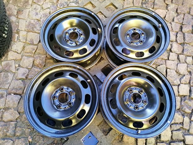 """Oryginalne felgi stalowe BMW 16"""" 5x112x66,6 IS 47 F40 F44 F45 F46"""