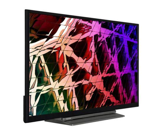 """Smart TV Toshiba 32"""" FHD LED 32LL3C63 81cm com Ecran quebrado"""