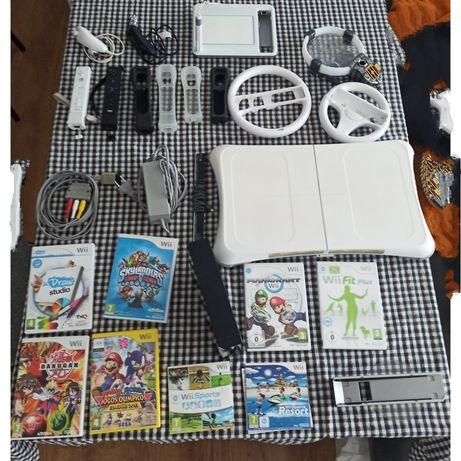 Wii + jogos + acessórios
