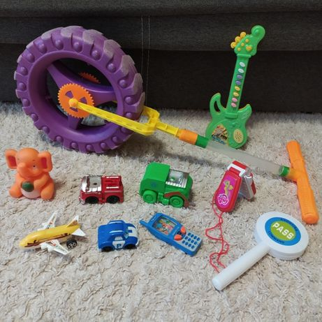 Игрушки разные для деток