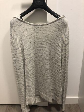 Sweter z kapturem armani