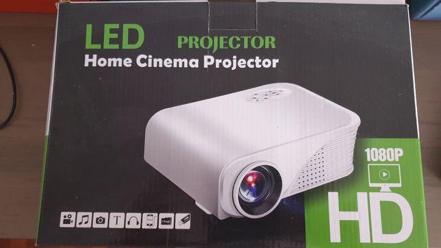 Projektor Obsługiwana rozdzielczość 1080p