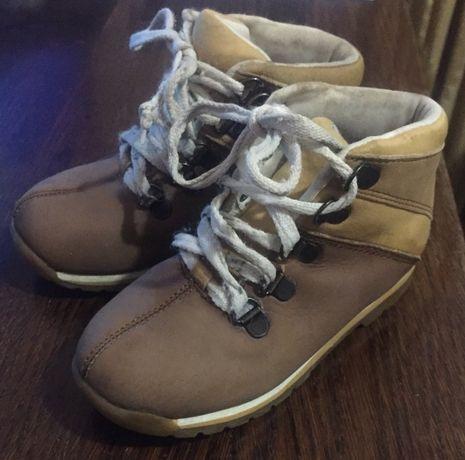 Ботинки кожаные 28 р и 29 р Стелька 18 и 19 см