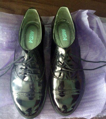 Новые туфли, женские, натуральная кожа, фирма MIDA
